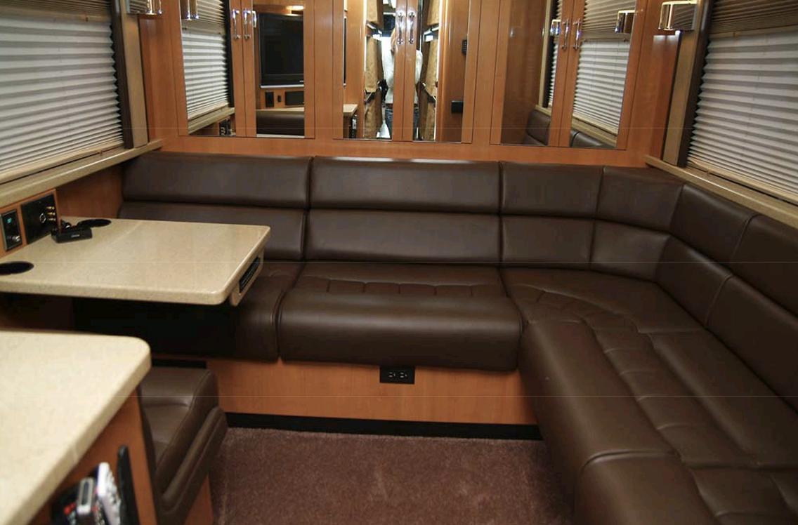 white2 rear lounge